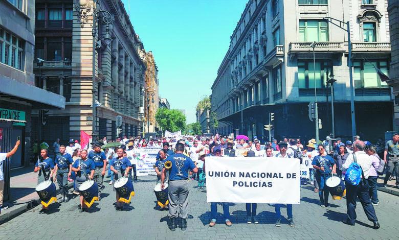Photo of Policías quieren sindicato para proteger sus derechos